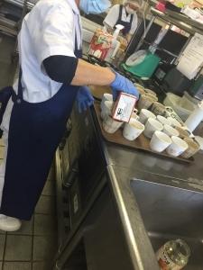 老健リハビリケア湘南厚木 調理師の求人画像