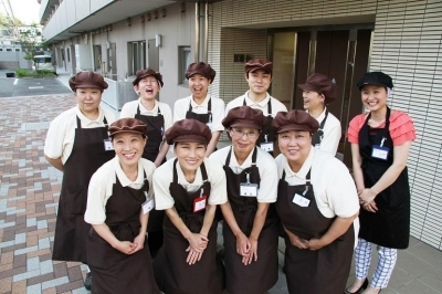 そんぽの家 駒沢公園の求人画像