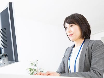 京進小中部千種校事務スタッフの求人画像