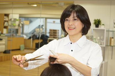 ヘアースタジオ IWASAKI 大森北店の求人画像